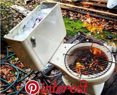 DIY: Ein Klo als Grill und Kühler in einem DIY: A loo as a grill and cooler in a Diy Crafts To Sell, Home Crafts, Entryway Decor, Diy Room Decor, Diy Recycle, Home Decor Furniture, Diy For Teens, Easy Diy Projects, Woodworking Crafts