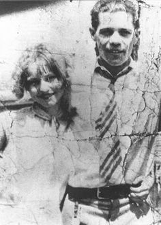 young bonnie parker with her first husband | bonnie and clyde | love story | infamous outlaws | gangsters | running from the law