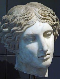 Lydian marble head of Turan BCE Ephesus Roman Sculpture, Stone Sculpture, Roman History, Art History, Greek Pantheon, Greek Statues, Roman Art, Auguste Rodin, Chef D Oeuvre