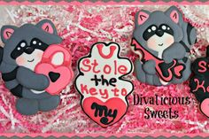 These adorable cookie cutters will steal your heart. They could be used as a complete Valentines set or could be used as a gift set.  1 - Raccoon with Lock 4 inch  2 – Plaque 4 inch  3 – Raccoon sitting 3 ½ inch  4 – Lock and Key 3 inch wide  5- Raccoon with Key 3 ½ inch  6 – Lock 3 inch  7 – Key 3 ¼ inches long  All sizes are approximate. These cutters can be purchased in a set or individually. Cutters are printed as they are ordered. Our cutters are made of filament approved by the FDA for…