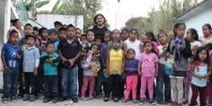Las niñas y niños, me impulsan a seguir trabajando por Oaxaca: Adriana Atristain