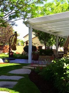 The large backyard landscaping ideas can get costly quickly if you're not careful. Large Backyard Landscaping, Ponds Backyard, Backyard Retreat, Backyard Pergola, Pergola Plans, Landscaping Ideas, Sunken Patio, Rustic Pergola, Brick Patios