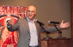 What's eating Mark Bittman? The New York Times' food editorialist, and Clark class of '71, offers a sane response to an American diet flirting with madness. (Excerpted from CLARK Magazine, Fall 2012)  http://www.clarku.edu/return-on-education/profiles/mbittman.cfm