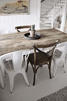 The patterns of the farmhouse dining-room take the Furniture with the completing touches of the weather condition, one sort of decoration, and also with fresh information. Dining-room decorating ideas, including lights, dining room tables, dining room chairs, dining room floorings, as well as extra, are among the complementary means to create a farmhouse dining room to suit your desires. #farmhousediningroomtabledecor