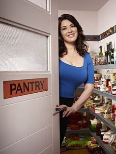 The fuchsia looks bright for Nigella The divorced chefs kitchen