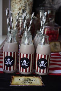 Mamãe Moderna: Festa Infantil: Piratas (com tutorial para fazer um chapéu e tapa-olho de pirata)