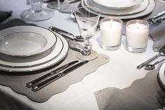 Emily table linen with Fenton plate #Neptune