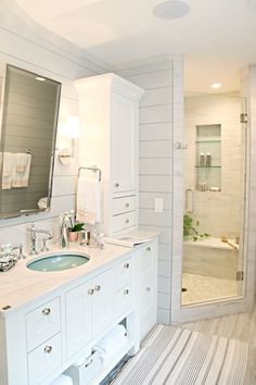 IHeart Organizing: MN Showcase Home Tour. OMG the sink. <3 <3 Hubba hubba.
