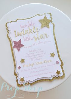Twinkle Twinkle Little Star Birthday Invitations Twinkle Twinkle Little Star Birthday Party Invitations Source by liviacifola. Baby First Birthday, First Birthday Parties, Birthday Party Themes, Girl Birthday, First Birthdays, Birthday Games, Birthday Ideas, Birthday Invitation Message, Birthday Party Invitations