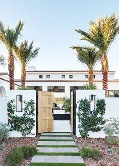 mediterranean homes exterior Casas California, California Style, California Homes, California Beach Houses, Coachella California, California Home Decor, California Fashion, Southern California, Spanish Style Homes