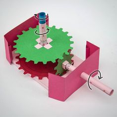 New version of Co-axial gearbox with 2:1 gear reduction. #papertoy #paperengineering #automata #papercraft