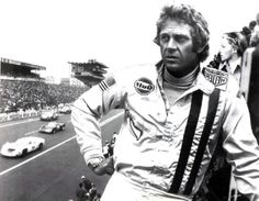 Image from http://img.over-blog.com/600x466/2/55/11/19/photos-diverses-2/Le-Mans-Steve-McQueen-31.jpg.