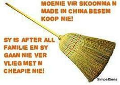 LOL Some People Say, Funny Picture Quotes, Twisted Humor, Afrikaans, Just Love, Good Morning, Funny Jokes, Give It To Me, Lol