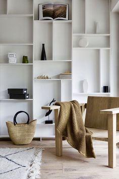 Trendy Home Design Living Room Storage Ideas Living Room Cabinets, Living Room Shelves, Decor Room, Living Room Decor, Living Spaces, Home Decor, Living Rooms, Living Room Interior, Home Interior Design