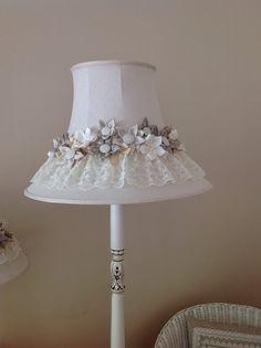 Vintage dressing table lamp a lovely vintage life dantelli abajur aloadofball Gallery