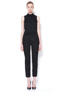 See the complete Cushnie et Ochs Resort 2013 collection.