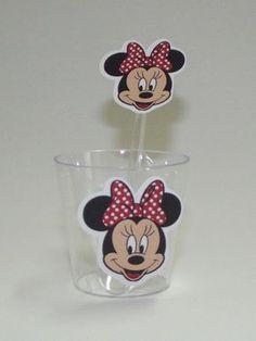 Minnie - Copinho e colher    Decorado com o tema Minnie. R$ 1,10