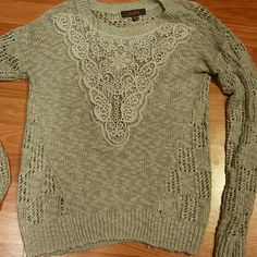 Grey sweater Light grey knit sweater size medium. Any questions feel free to ask Sweaters Crew & Scoop Necks
