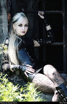 Model: Mira Nox Gothic and Amazing |