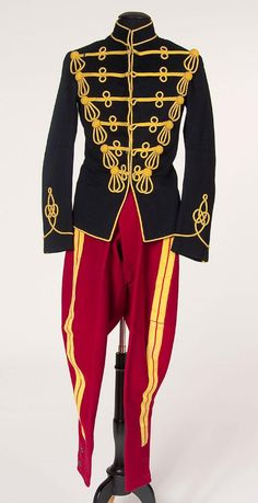 BRITISH 11th HUSSARS SOLDIER'S UNIFORM : Lot 422 British Army Uniform, British Uniforms, Men In Uniform, Bengal Lancer, Imperial Army, Indian Army, Period Outfit, Outfits, Clothes