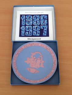 #Wedgwood St.Valentine '87 Pale Blue with Pink Cameo Decorative Plate MINT