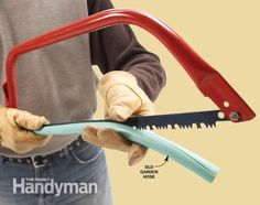 Quick blade cover-up  Slit a length of garden hose Recycle old garden hose by slitting open a length and using it as a blade cover for sharp saws and other bladed tools.