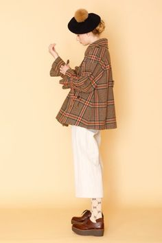 All Fashion, Cute Fashion, Passion For Fashion, Fashion Brands, Man Icon, Japanese Streets, Beret, What To Wear, Street Style