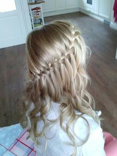 Waterfall with curls!