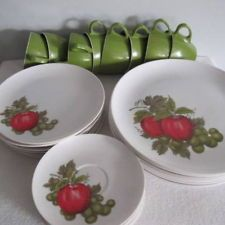 Large set Vintage Royalon Melmac Dishes Dinner Made in USA LN Apple Design : stetson melmac dinnerware - pezcame.com
