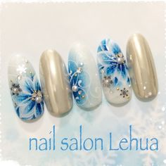 The Best Nail Art Designs – Your Beautiful Nails Flower Nail Designs, Best Nail Art Designs, Cute Nail Art, Cute Acrylic Nails, Posh Nails, Nailart, Marble Nail Art, Floral Nail Art, Wedding Nails Design