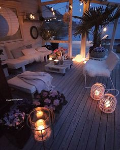 [New] The Best Home Decor (with Pictures) These are the 10 best home decor today. According to home decor experts, the 10 all-time best home decor. Small Balcony Decor, Balcony Design, Balcony Ideas, Deck Design, Home Improvement Loans, Dream Rooms, Decorating Your Home, Living Spaces, Living Room