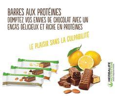Boite de 14 barres 35 gr chacune. Chaque barre contient environ 140 calories*, et presque 10g de protéines de lait de haute qualité, qui contribuent à augmenter la masse musculaire. Augmenter votre masse musculaire (masse maigre) peut contribuer à augmenter votre taux métabolique. Apports essentiels Environ 140 kcal* par barre, soit moins que dans la plupart des barres chocolatées classiques. Un mélange équilibré de 10g de protéines et 15g de glucides. Herbalife France, Nutrition Herbalife, Calories, Facebook, French, Food, Lifestyle, Herbalife Recipes, Chocolate Candy Bars