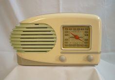 Lafayette 1940 Stunning Deco Machine Age Painted Bakelite Tube Radio   eBay