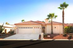 SOLD by The Kolb Team 26021 Flame Tree in Palo Verde Sun Lakes AZ - 3 bedroom, 3 bath with separate guest house. SunLakesHomesForSale.com #sunlakespaloverdehomesforsale #sunlakesazrealtor