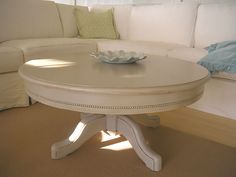 The Life of a Future Domestic Goddess: wordless wednesday: pedestal coffee tables Pedestal Coffee Table, Coffee Table Height, Painted Coffee Tables, Round Coffee Table, Country Furniture, Shabby Chic Furniture, Painted Furniture, Home Furniture, Cottage Furniture