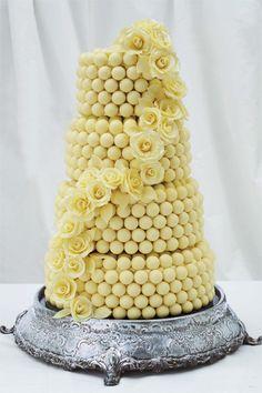 Ideas for wedding cakes white chocolate rose cupcake Amazing Wedding Cakes, White Wedding Cakes, Unique Wedding Cakes, Amazing Cakes, Trendy Wedding, White Chocolate Cake, Lindt Chocolate, Chocolate Roses, Cupcake Cakes
