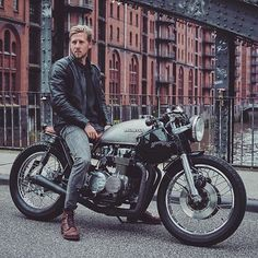 Or ? Photo by @raketentreibstoff Follow @menriderstyle for more inspiration #Menriderstyle