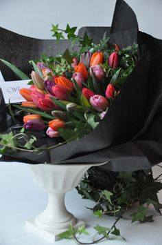 tulip bouquet by Wild thyme/Gorgeous Events