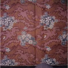 Weft face cotton satin printed furnishing fabric manufactured by Steiner & Co., Britain, 1902.
