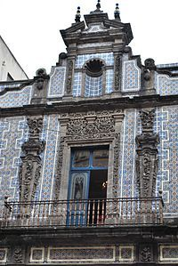 1000 images about architecture exteriors on pinterest for Casa de los azulejos en mexico