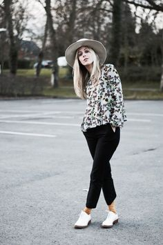 Flared Sleeves & An Outfit Mishap