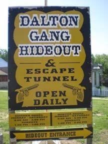 dalton gang hideout escape tunnel museum - Google Search Dalton Gang, Bad News, Cowboys, Museum, History, Google Search, Places, Historia, Museums
