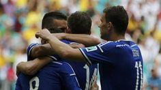 FESTEJO. Bosnia, que ya está eliminado, está derrotando 3 a 0 a Irán en un encuentro que se está disputando en el estadio Arena Fonte Nova de Salvador. (AP)