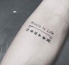 50 Adorable Music Tattoos For Men And Women – Conny Martin – Best Tat … - diy tattoo images Trendy Tattoos, Popular Tattoos, Tattoos For Women, Tatoos Men, Emo Tattoos, Woman Tattoos, Diy Tattoo, Tattoo Life, Tattoo Song