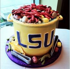 Hands down the best SEC groom's cake I've ever seen. #LSU
