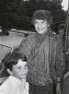 Actress Ingrid Bergman with her young grandson outside her daughter Pia Lindstrom's house in New York, 1982. (Photo by The LIFE Picture Collection/Getty Images)