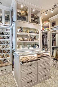 Walk In Closet Ideas - Looking for some fresh ideas to redesign your closet? Visit our gallery of leading deluxe walk in closet design ideas and photos. Walk In Closet Design, Bedroom Closet Design, Master Bedroom Closet, Closet Designs, Bathroom Closet, Master Bedrooms, Closet Island, Dressing Room Closet, Dressing Rooms