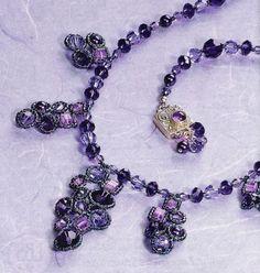 collar púrpura