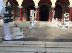 Στολισμοί Γάμου & Βάπτισης Sidewalk, Side Walkway, Sidewalks, Pavement, Walkways