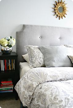 A #DIY headboard with a full tutorial! Check it out!